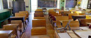 Riapertura delle scuole, la paura delle terza ondata spinge verso gennaio 2021