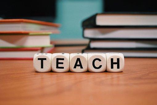 Scuola, più possibilità per i docenti, ma sarà necessario spostarsi