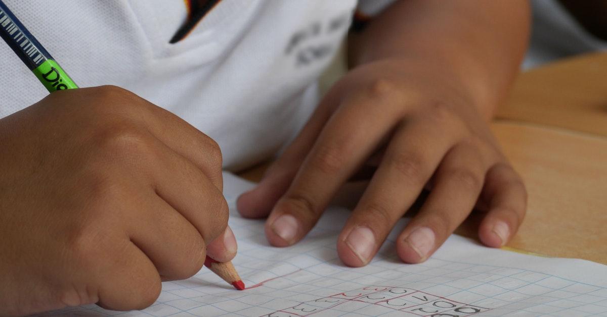 bambino a scuola e problema della continuità di servizio